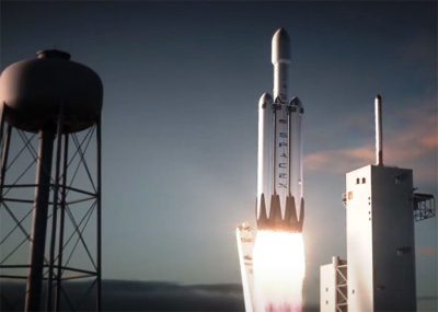 Falcon Heavy rocket lifts